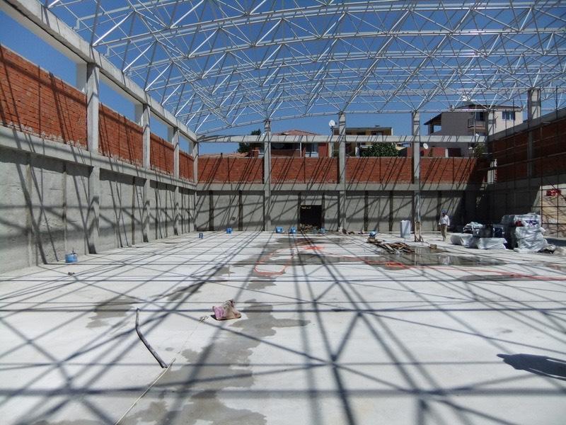 Kapalı spor salonu uzay çatı uygulaması